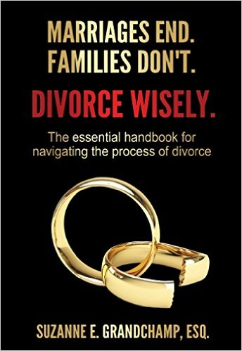 Cover of Divorce Wisely book - interlocking gold wedding rings, one broken